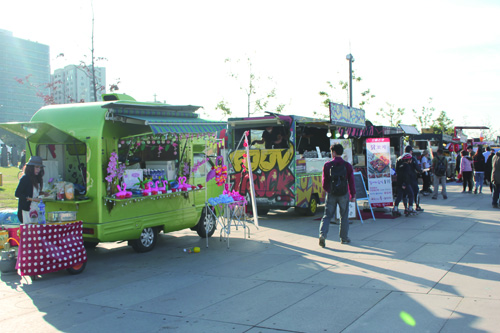 Moving with Food, Dream, and a New Form of Culture, Food Trucks